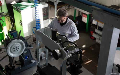 Revistar Brugge revisie alternatoren en startmotoren oldtimerherstellingenRevistar Brugge revisie alternatoren en startmotoren o